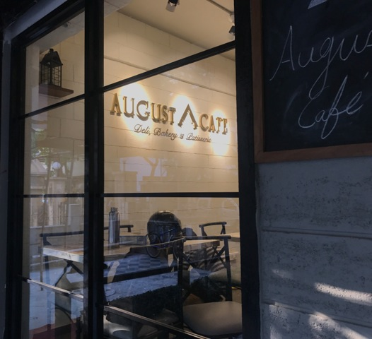 August cafe